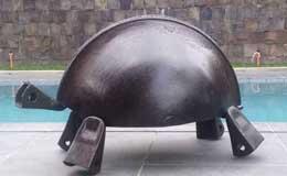 Pete-Jimenez-Tortoise,-Repurposed-Steel,-36-x-36-x-44-inches,-2014